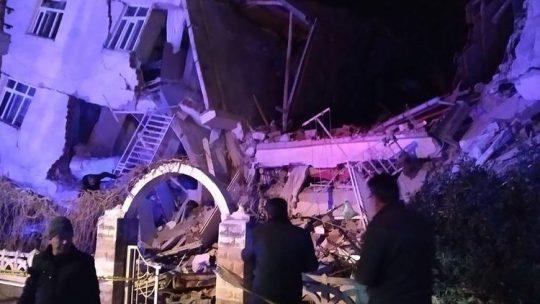 6.8 Deprem Elazığ